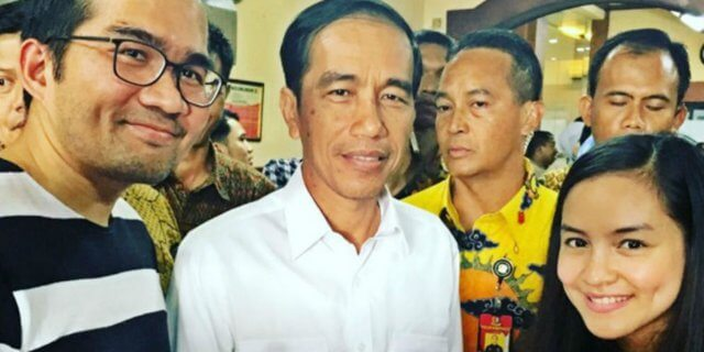 Ngidam Foto Bareng Pak Jokowi
